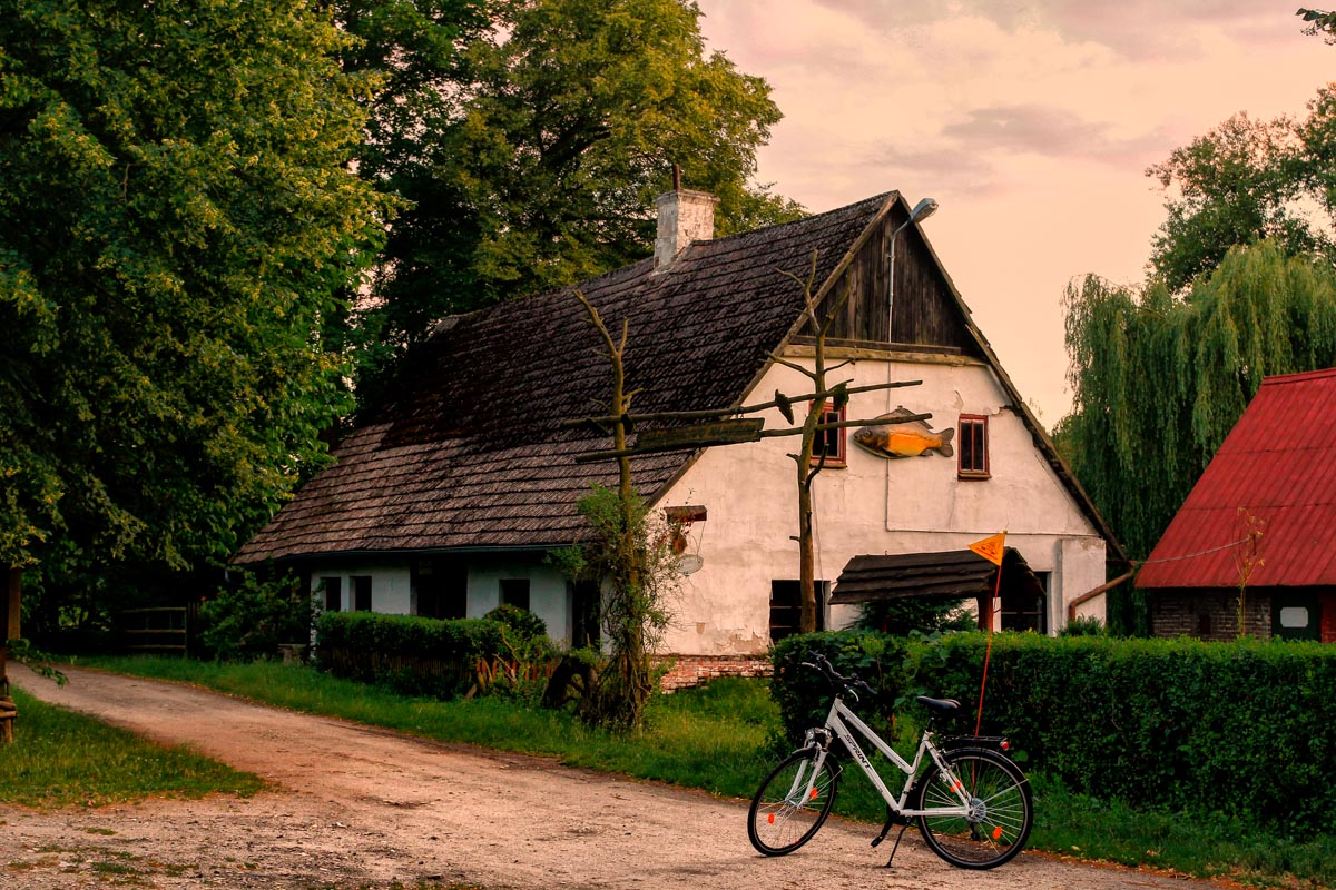 Młyńskie Stawy (fot. turystyka-namyslow.pl)