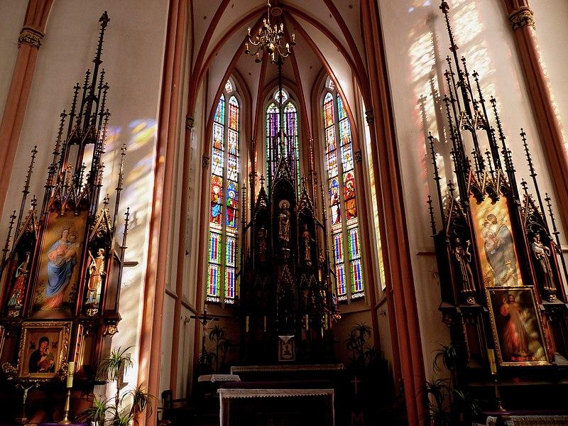 Strzeliste wnętrza kościoła w Smogorzowie